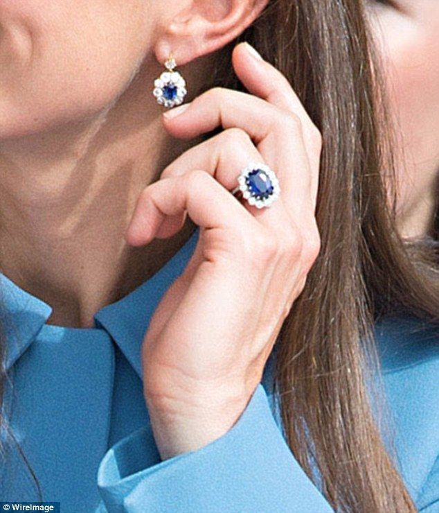 312b8e28dac5 Replica of Kate s £1m engagement ring  banned  from Royal gift shop ...