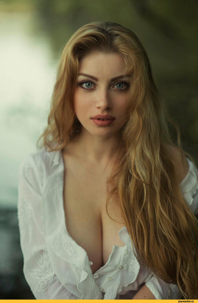 shikarnie-devushki-visokaya-erotika-porno-video-trahnula-sebya-nozhkoy-taburetki-stula