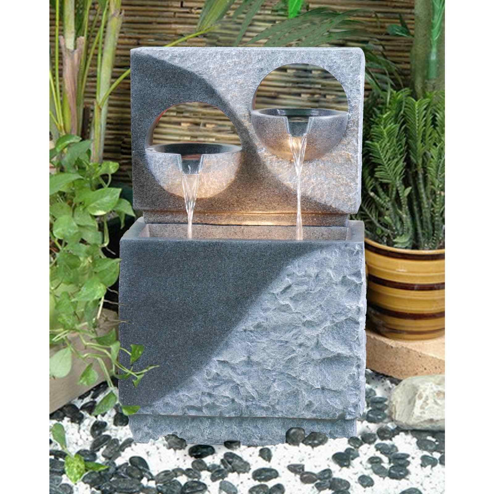 Alfresco home pedrera fountain with light modern home for Cascadas artificiales modernas