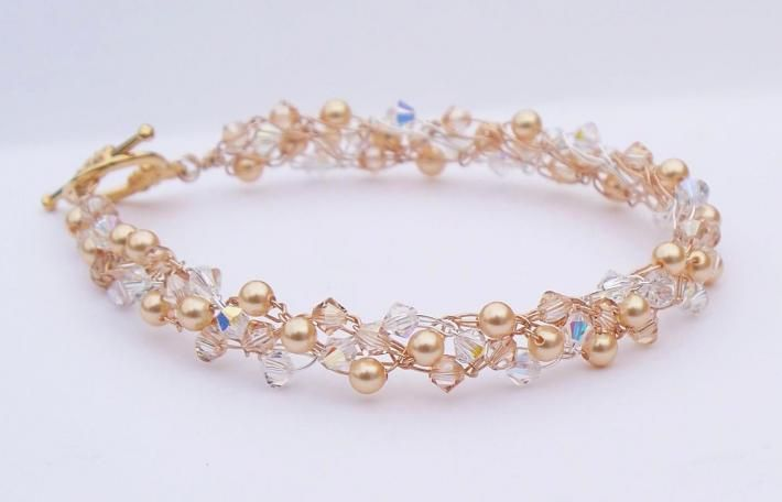 Crochet wire bracelet with Swarovski pearls and crystals. The subtle ...