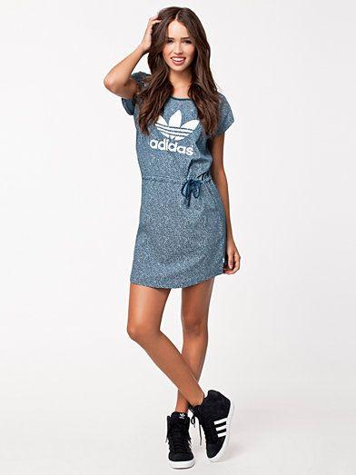 Dress Ao Adidas Blåvit Tøj Kvinde Eq Originals Kjoler VpSzMU