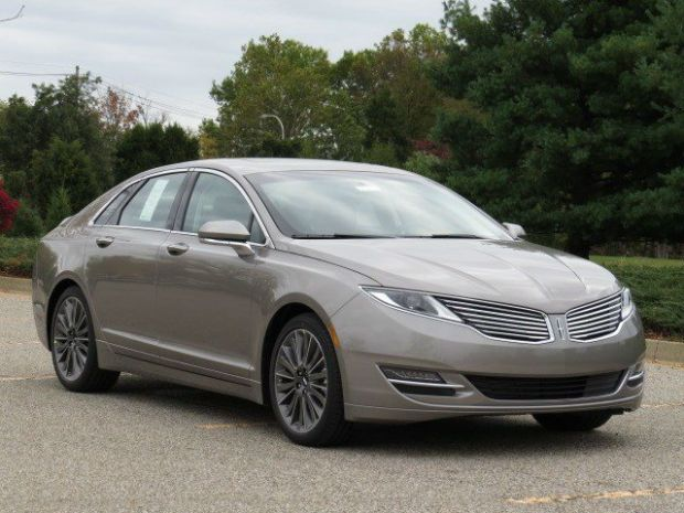 2015 Lincoln MKZ 3 7 Eco Boost is so Luxe in Pearl white with a