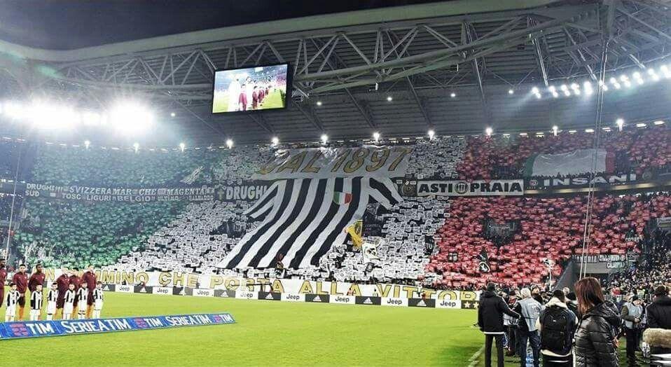 Mosaico Da Torcida Da Juventus Ontem Contra A Roma Ultras Pinterest Turin