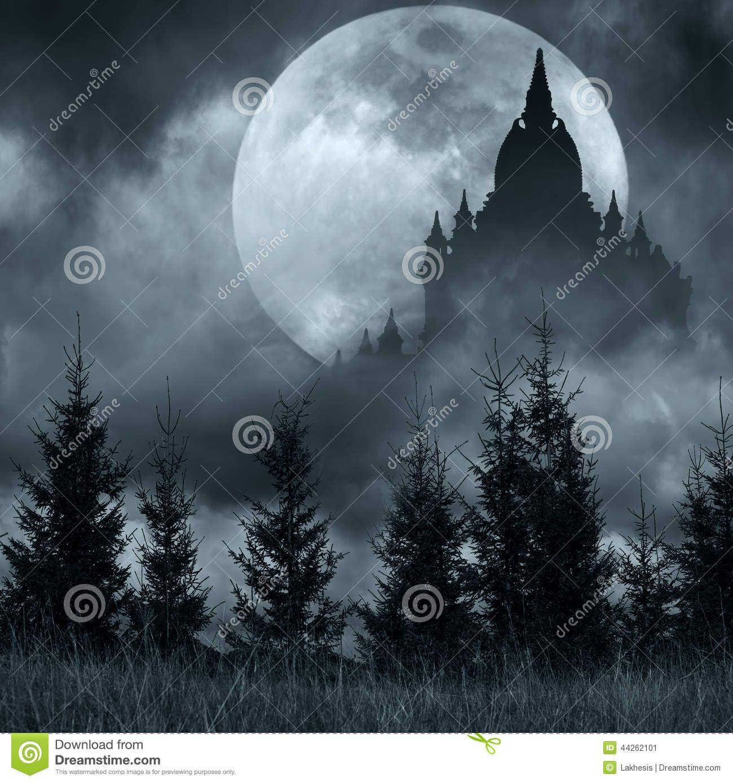 Magisches Schlossschattenbild über Vollmond Nachts Mysteriöses ...