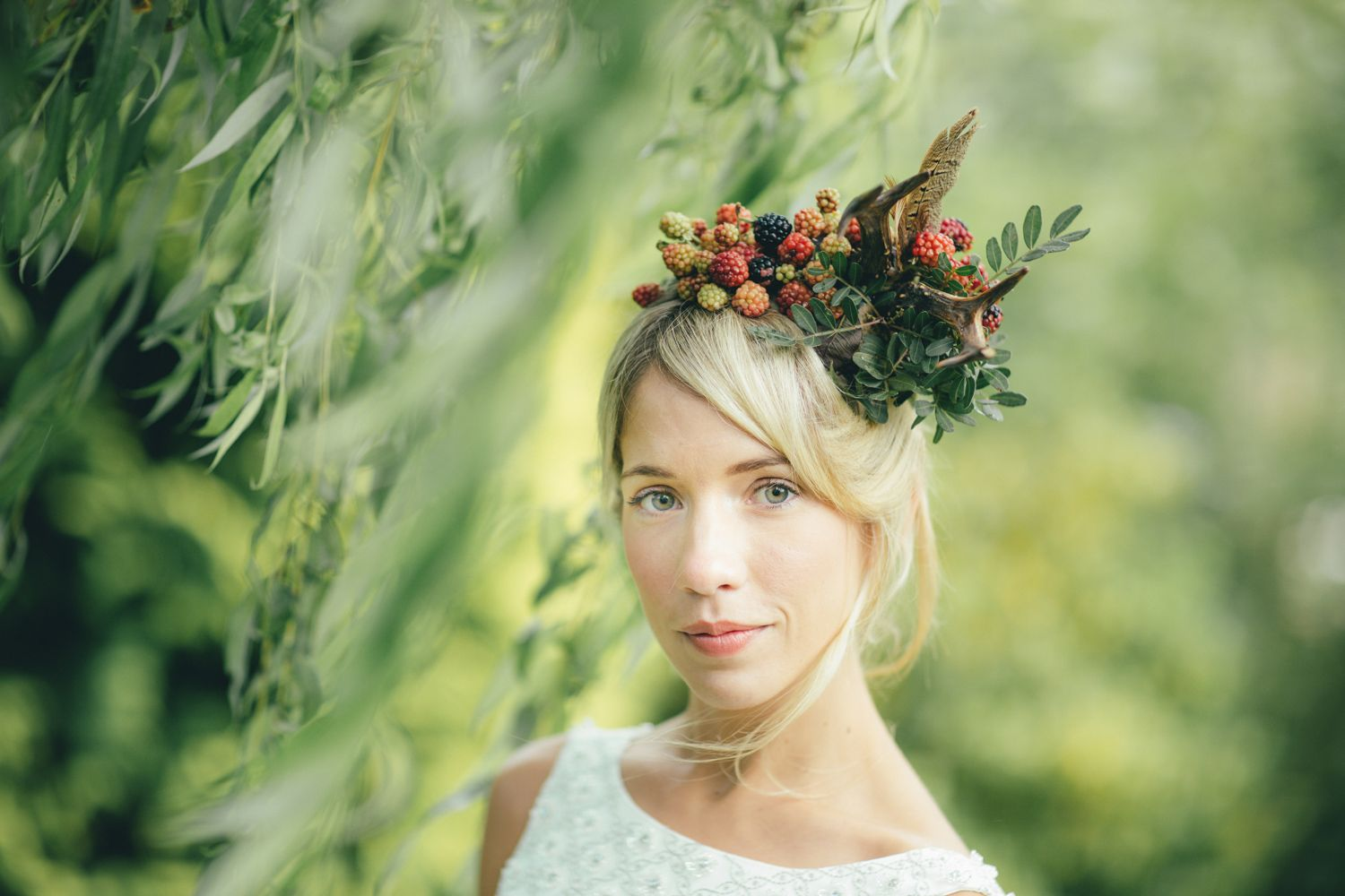 Gorgeous #outdoorwedding #headpiece by Sarah - www.simplybyarrangement.co.uk - Image by - www.tonidarcy.co.uk
