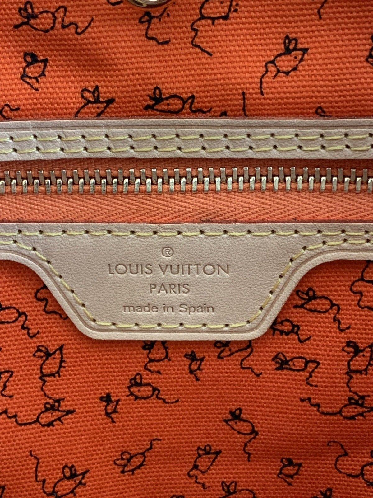 34783fdebcce5 Details about Authentic Louis Vuitton World Tour Limited Edition ...