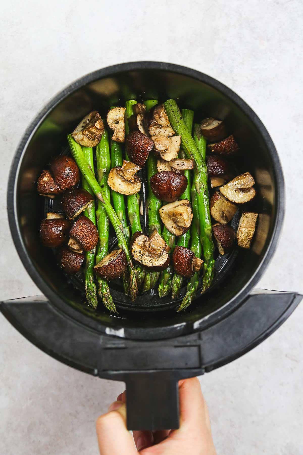 Air fryer Asparagus and mushrooms Asparagus and