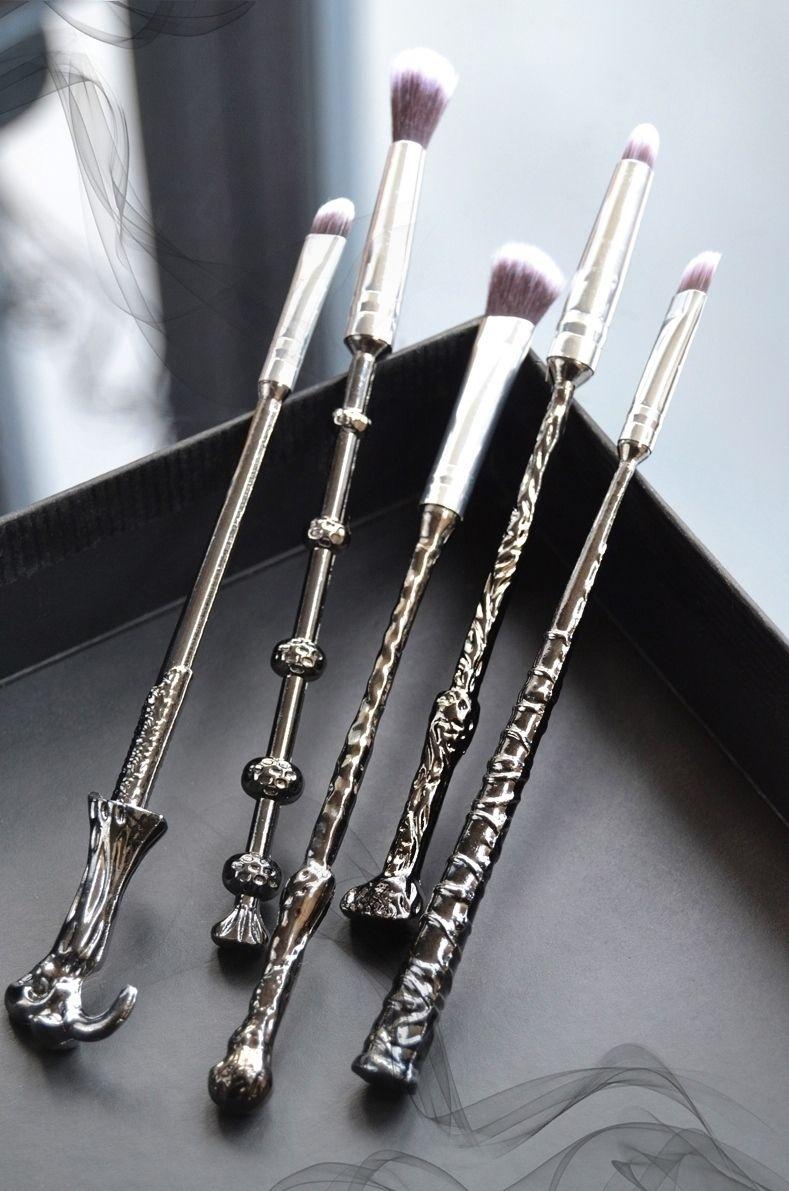 3500ea4c9066 eBay Review: Wizard Wand Makeup Brushes for Muggles | make up | Wand ...