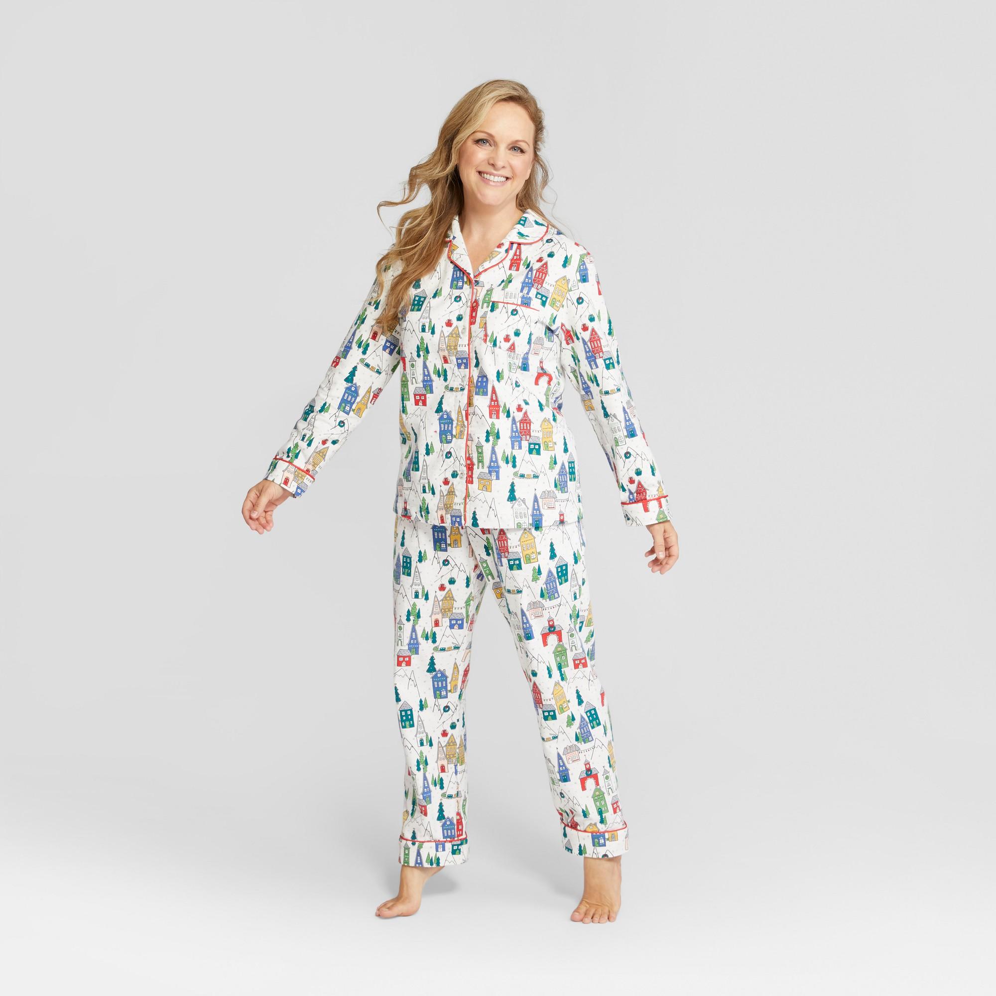 ccd2f7ba712 Women's Holiday Winter Wonderland Notch Collar Mommy and Me Pajama Set -  Wondershop White Xxl