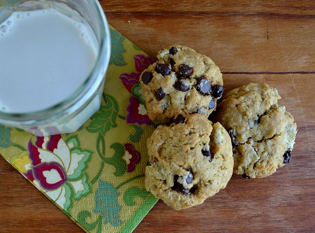 Vegan Coconut Ginger Choc Chip Cookies ;milk by franovermediumheat, via Flickr