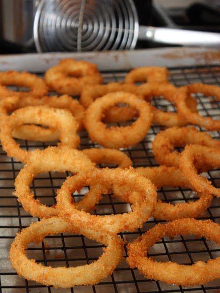 Super Crispy Onion Rings...yuuum