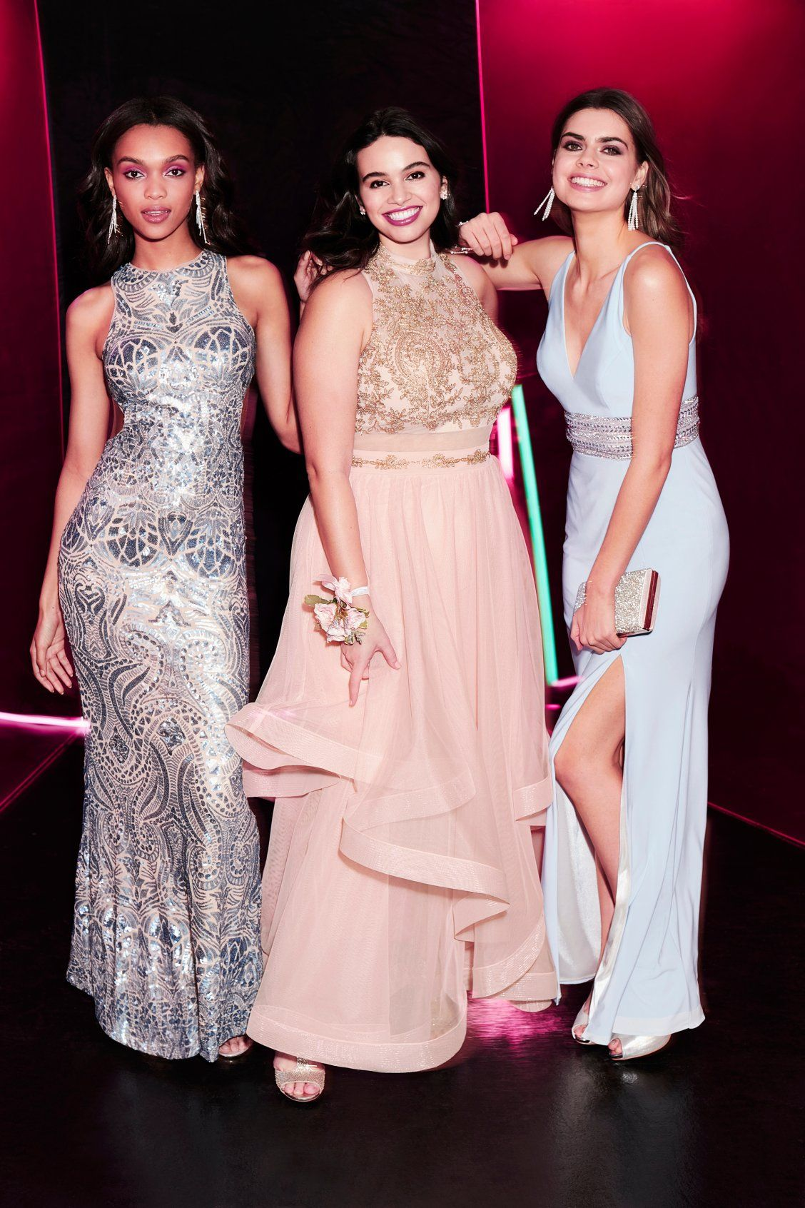 Claim your prom dress! These prom dresses make a statement with ...