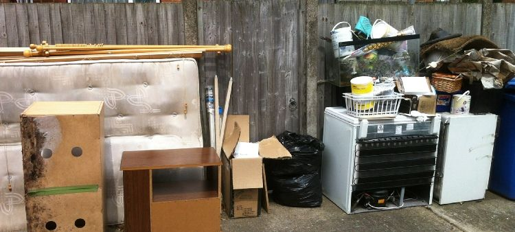 We Have Been Providing A Fast Helpful And Professional Cost Effective Rubbish Clearance Service For More I Rubbish Clearance House Clearance Waste Collection