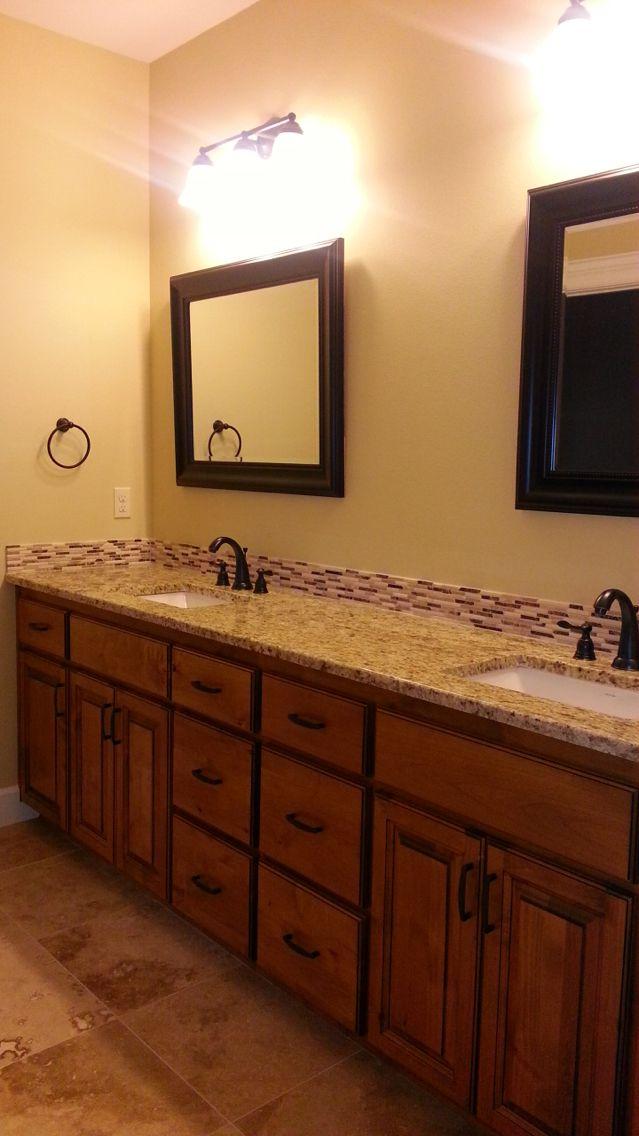 Custom StoneRidge Homes bathroom #stoneridgehomes www.stone-ridgehomes.com