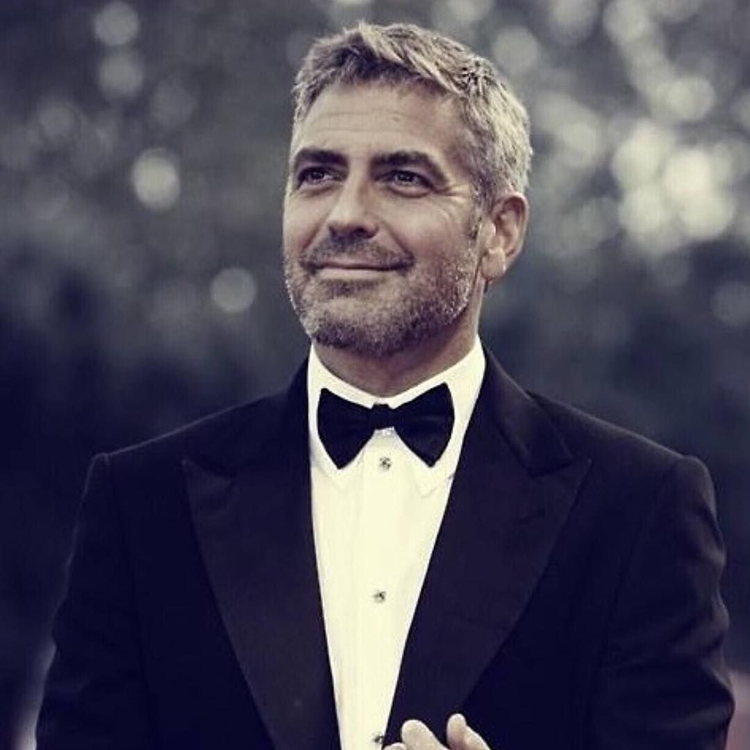 Handsome rugged and cool this is how @alain_pinon would describe George Clooneys style when it comes to his hair. His style is extremely versatile from textured and messy to black tie finished.  Happy Birthday and keep making great movies! #georgeclooney #menshair #mensgrooming #salonaks @salonaks by salonaks