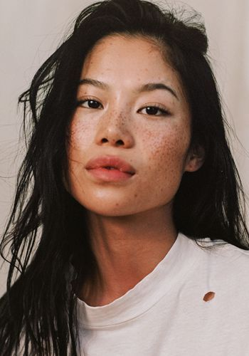 Facial Redness 101: What Are the Causes (And How D