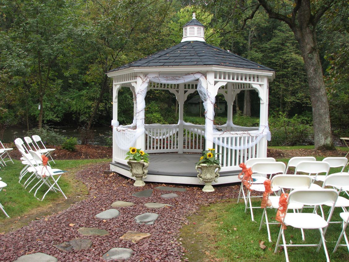 Decorations Outdoor Soft Drink Bar For Guests Prior To Ceremony