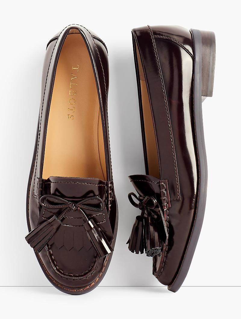 Laura Tasseled Loafers Talbots Shoes Loafers Loafers Outfit [ 1057 x 800 Pixel ]