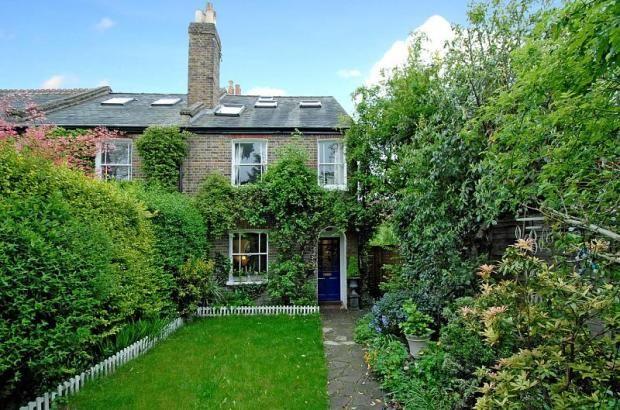 2988230a8a9daa5d86cc6d43f182ef72 - Property For Sale Kew Gardens London