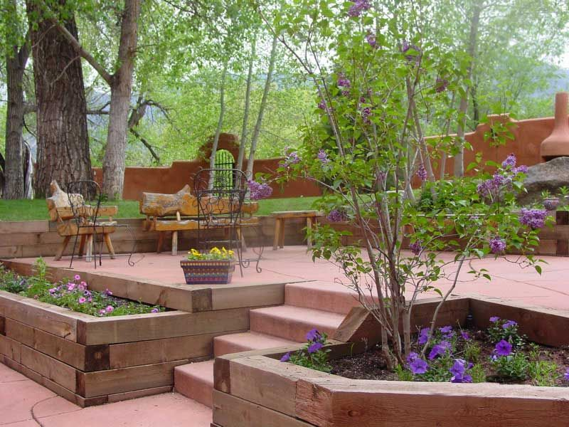 Another view of the garden at the Garden of the Gods trading post ...