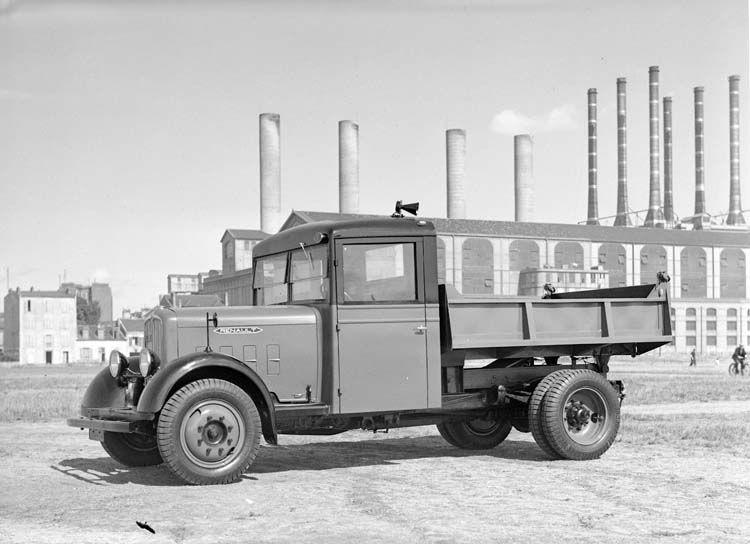 figure 107 camion benne renault type zy 70 cv 3 5 tonnes en 1935 renault communication. Black Bedroom Furniture Sets. Home Design Ideas