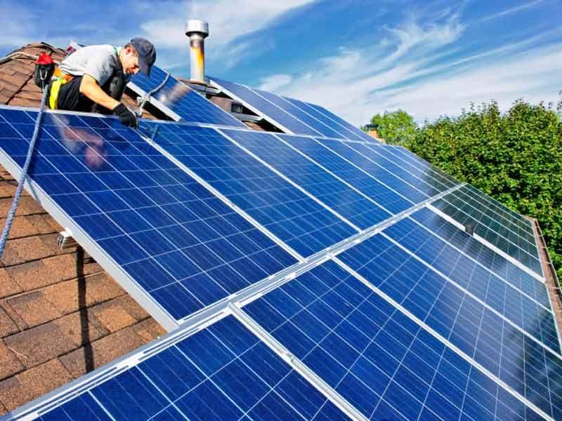 L'Australia sta diventando un continente fotovoltaico. #energia #fotovoltaico #energiasolare #rinnovabili Site: www.cinesrl.it Facebook: www.facebook.com/Cinesrl