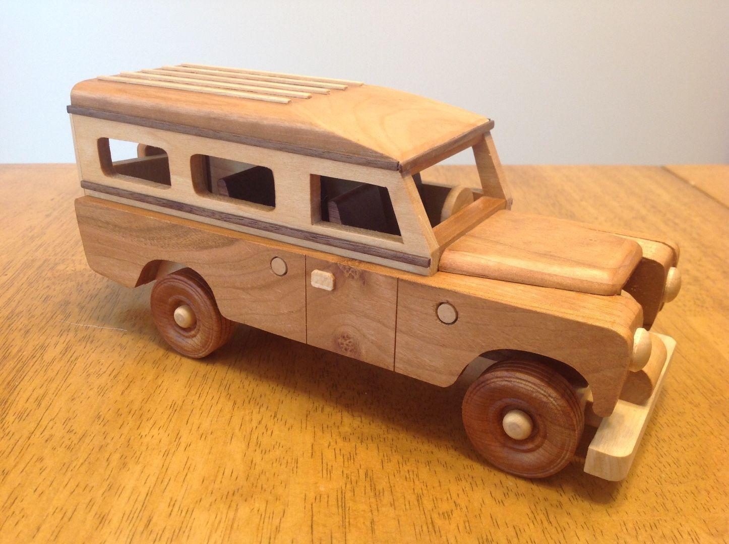 Handmade Wooden Toys Car, 1961 Land Rover #odinstoyfactoy #handmade ...