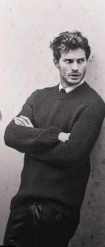 fifty shades of grey. cinquante nuances de grey  Jamie Dornan #men #gentlmen #suit #grey #christian