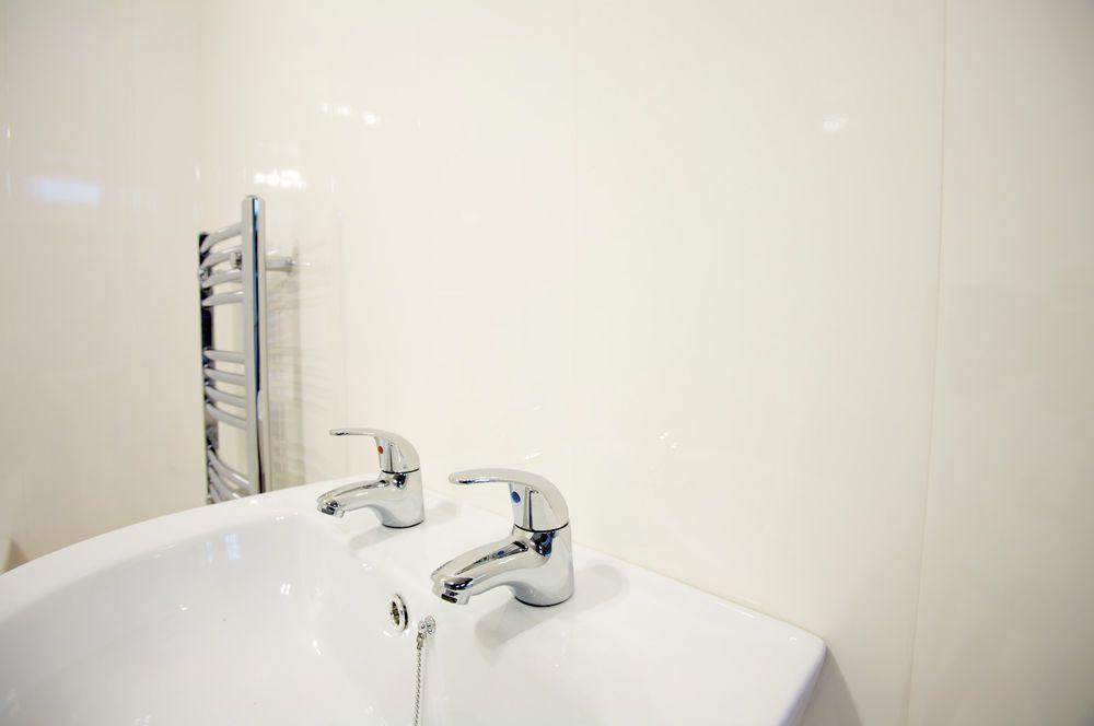 9 Gloss White Bathroom Panels Cladding Ceiling Pvc Shower Wet Wall Kitchen 8mm Bathroom Cladding Bathroom Wall Cladding