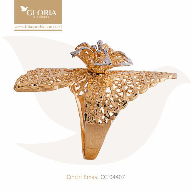Gelang Emas Bentuk Bunga Melati Variasi Pinggiran Renda Goldring Goldstuff Gold Goldjewelry Jewelry Engagementring Cincin Emas Cincin Emas Putih Gelang