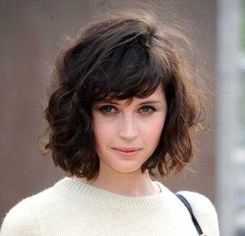 20 Brief Hairstyles For Wavy Fine Hair Pinkous Wavy Bob Hairstyles Wavy Haircuts Short Wavy Hair