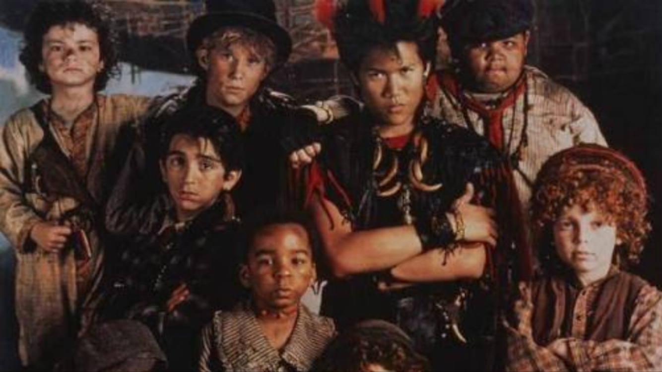 Pin by Moira Anne Meyer on References for CTM | Lost boys ...