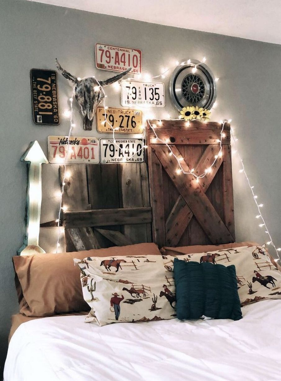 60 Amazing Cool Bedroom Ideas For Teenage Guys Small Rooms 63 Western Bedroom Decor House Decor Rustic Western Home Decor