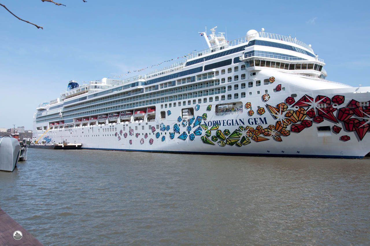 Norwegian Gem Docked In NYC NCL Travel Cruising Staffa - What cruise ships leave from nyc