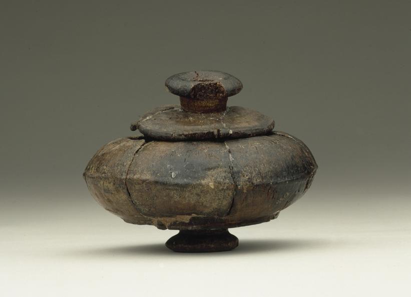 Wooden bowl from Hjortspringkobbel.