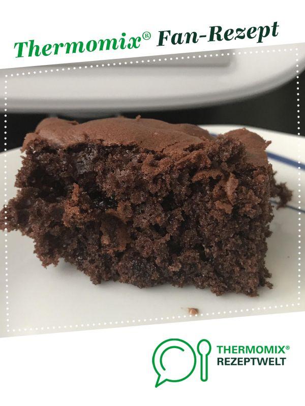 Schokoladenblechkuchen sehr beliebt #süßesbacken