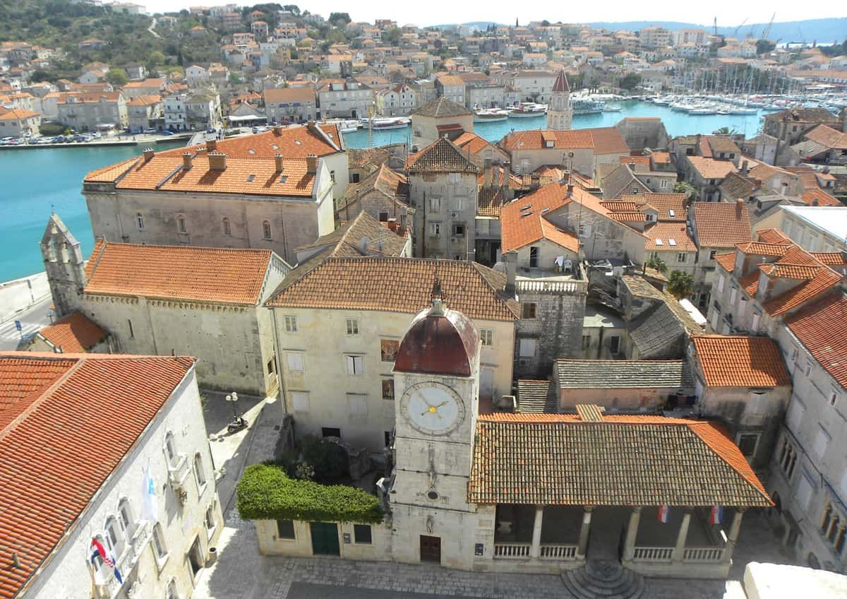 A Day Trip to Trogir, Croatia – The Travels of BBQboy and Spanky