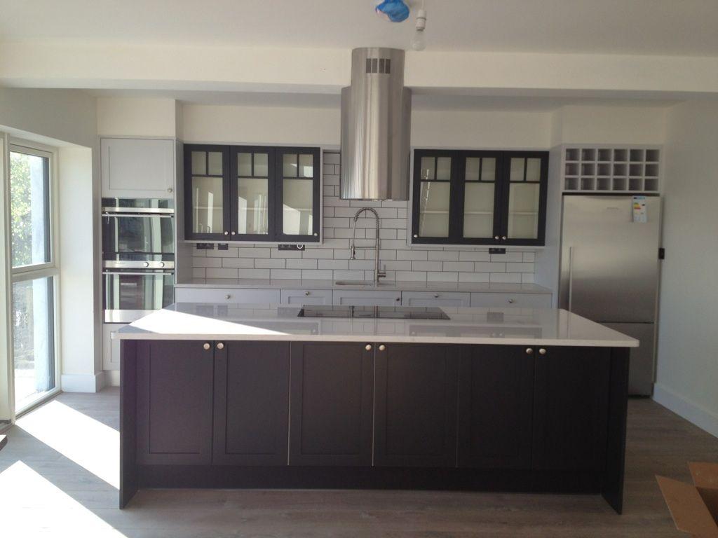 Best Industrial Kitchen White Metro Tiles Black Grout Farrow 640 x 480