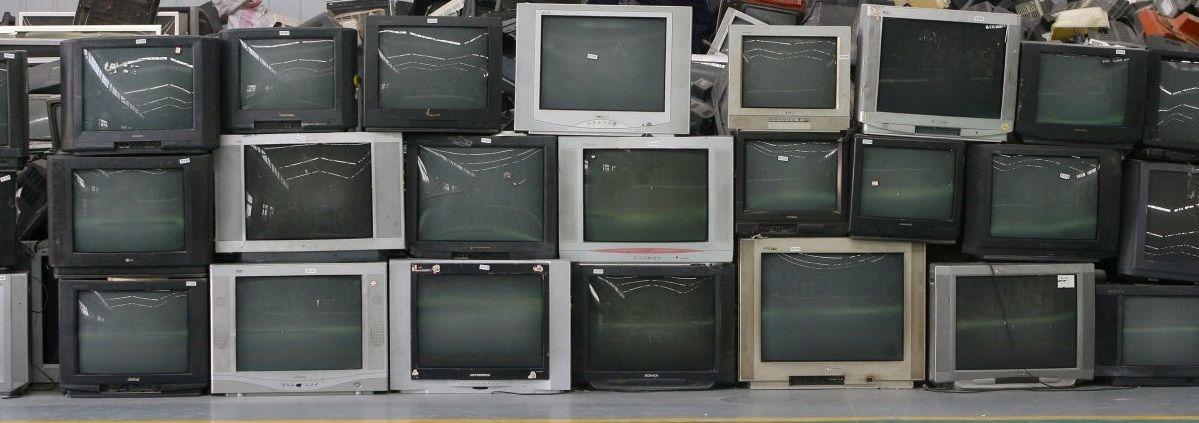 Qué Hacer Con Los Aparatos Electrónicos Viejos Aparatos Electrónicos Electrónica Residuos Electronicos