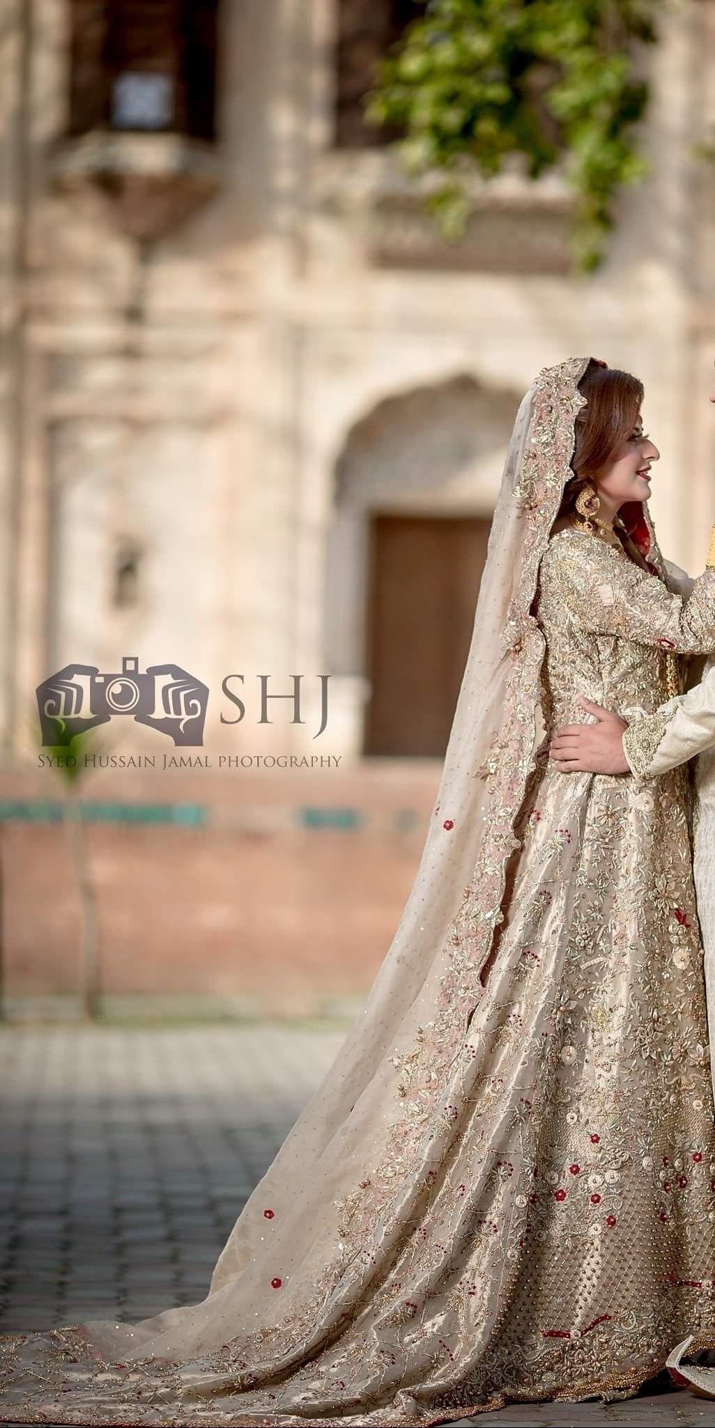 0c73be361cac2 Ghanu ❤ Pakistani Bridal Wear, Pakistani Wedding Dresses, Punjabi Bride,  Shadi Dresses