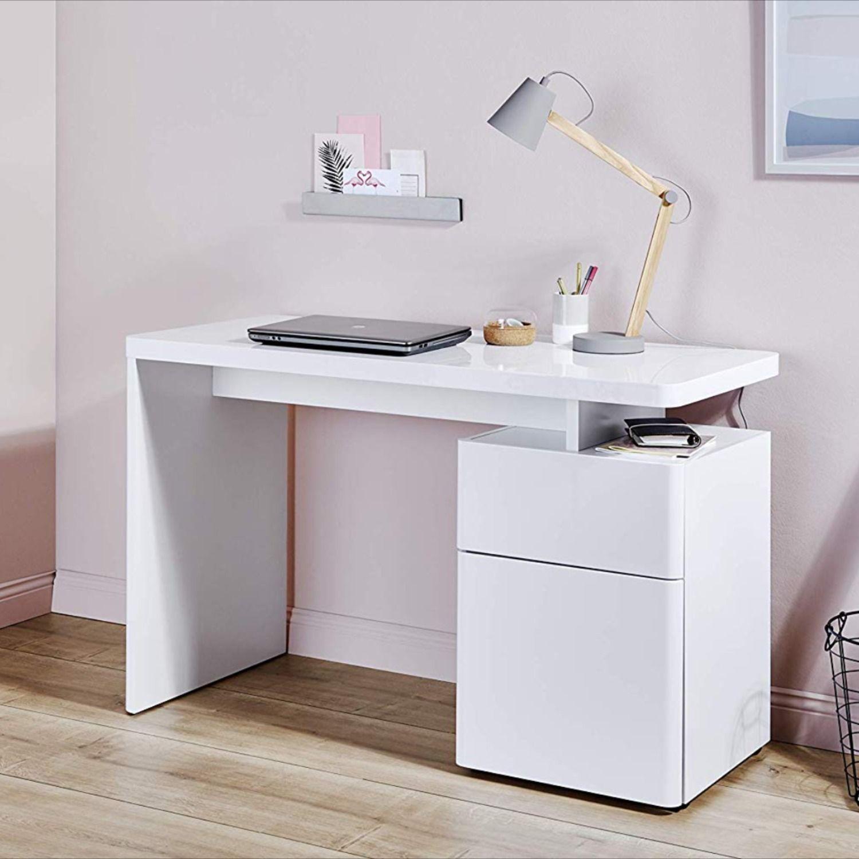 Bureau scandinave blanc robuste avec étagère intégrée