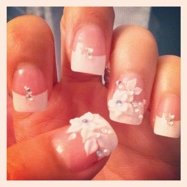 3d Flowers And Rhinestones For Wedding Nails