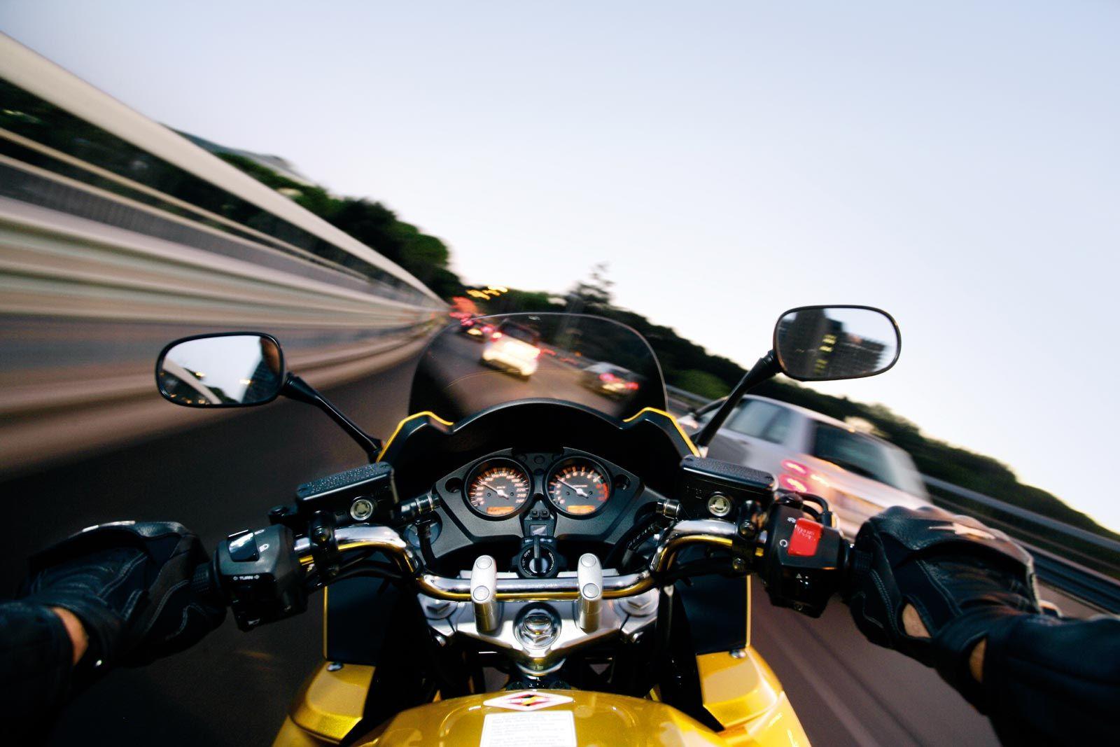 вот то, картинки мотоцикл скорость чебоксарский трикотаж интернет