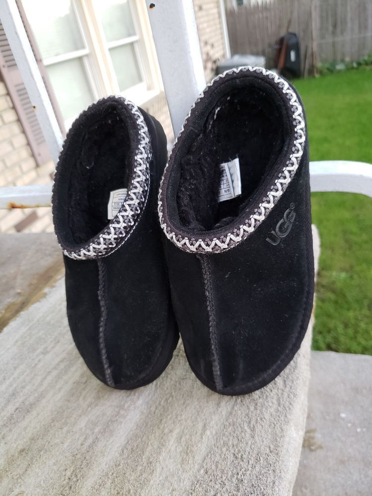 e287f20d06e UGG Australia Kids Tasman Slippers Suede Shoes Youth Size 1 BLACK ...