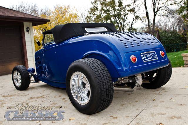 1932 Gary Heidt's Ford Roadster - Custom Cars Showcase | Custom Classics