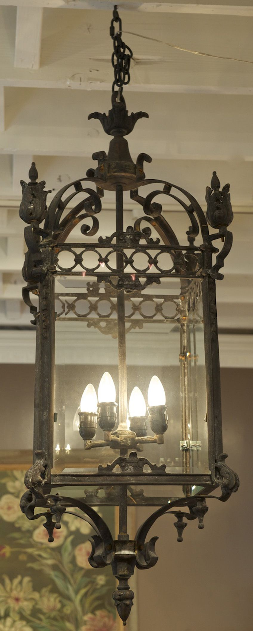 it needs a high ceiling spanish style dining room to light yard garden and patio lantern. Black Bedroom Furniture Sets. Home Design Ideas