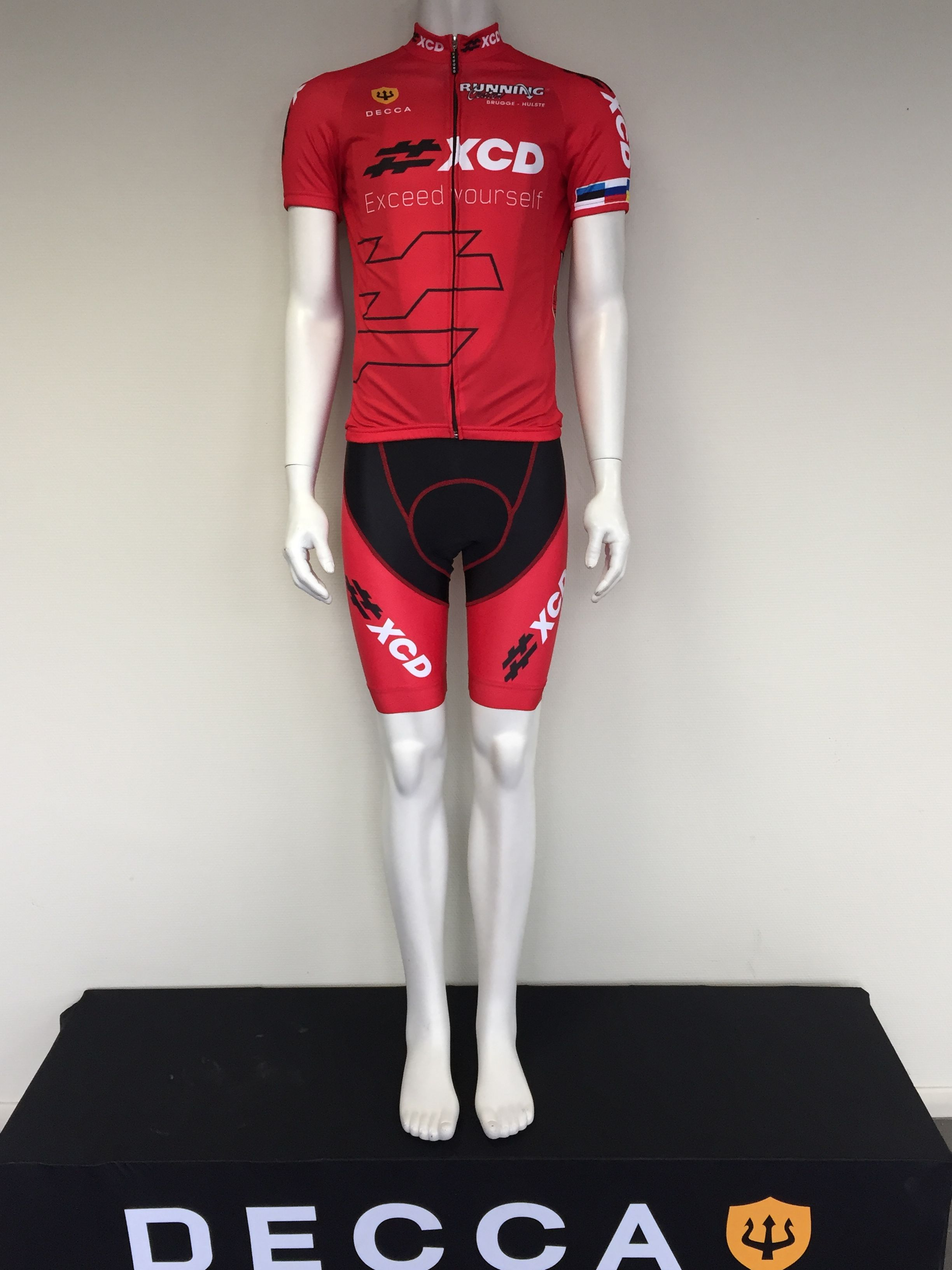 official price special promotion luxury fashion Decca provides triathlon outfits for the best teams in the ...