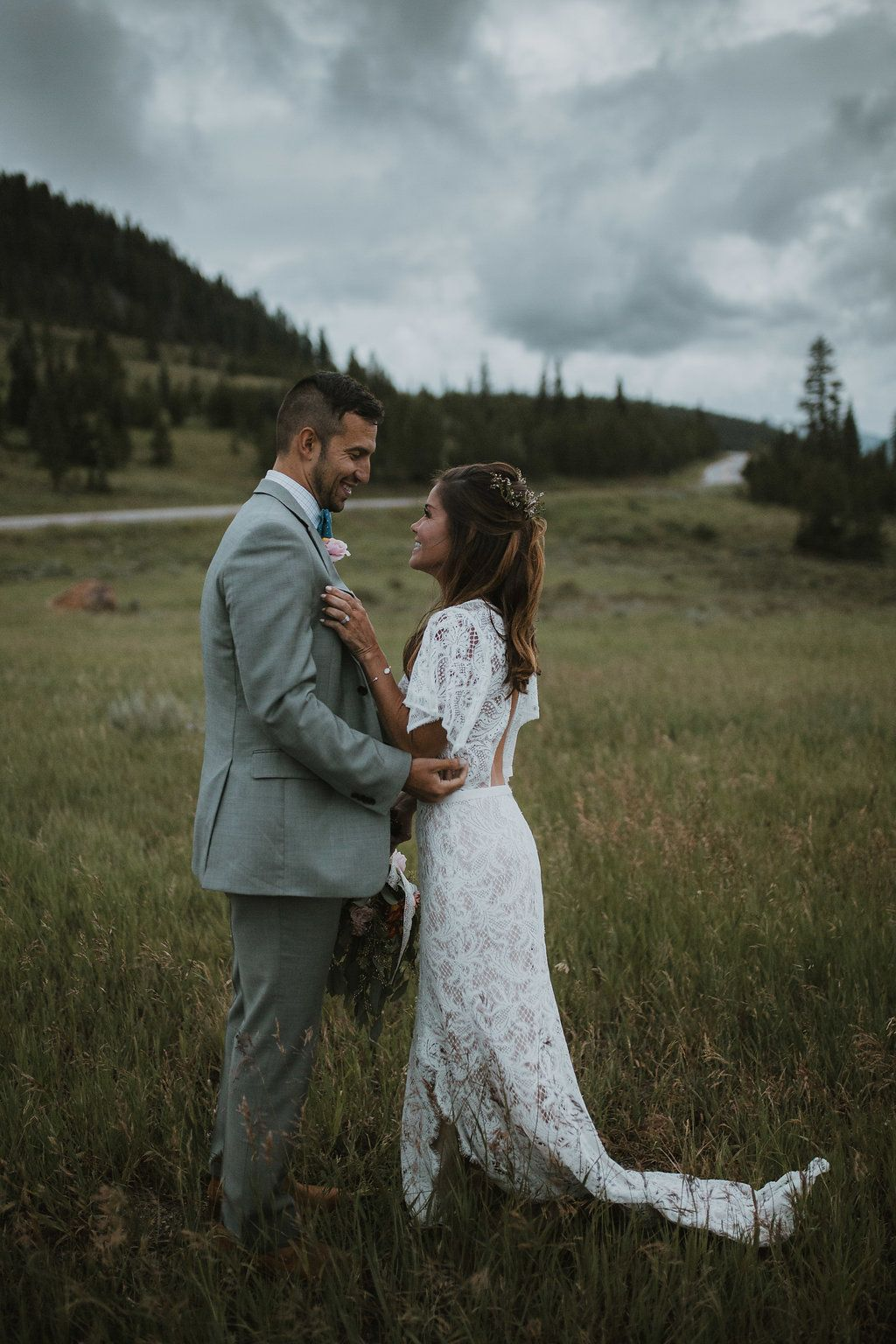 Moody Mountain Wedding Vibes + Fun Floral Pops Lace