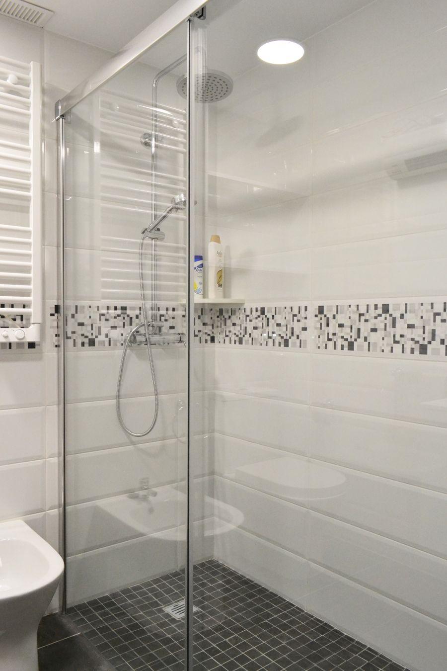 Qu tal una ducha revitalizante plato de ducha de obra for Ducha efecto lluvia