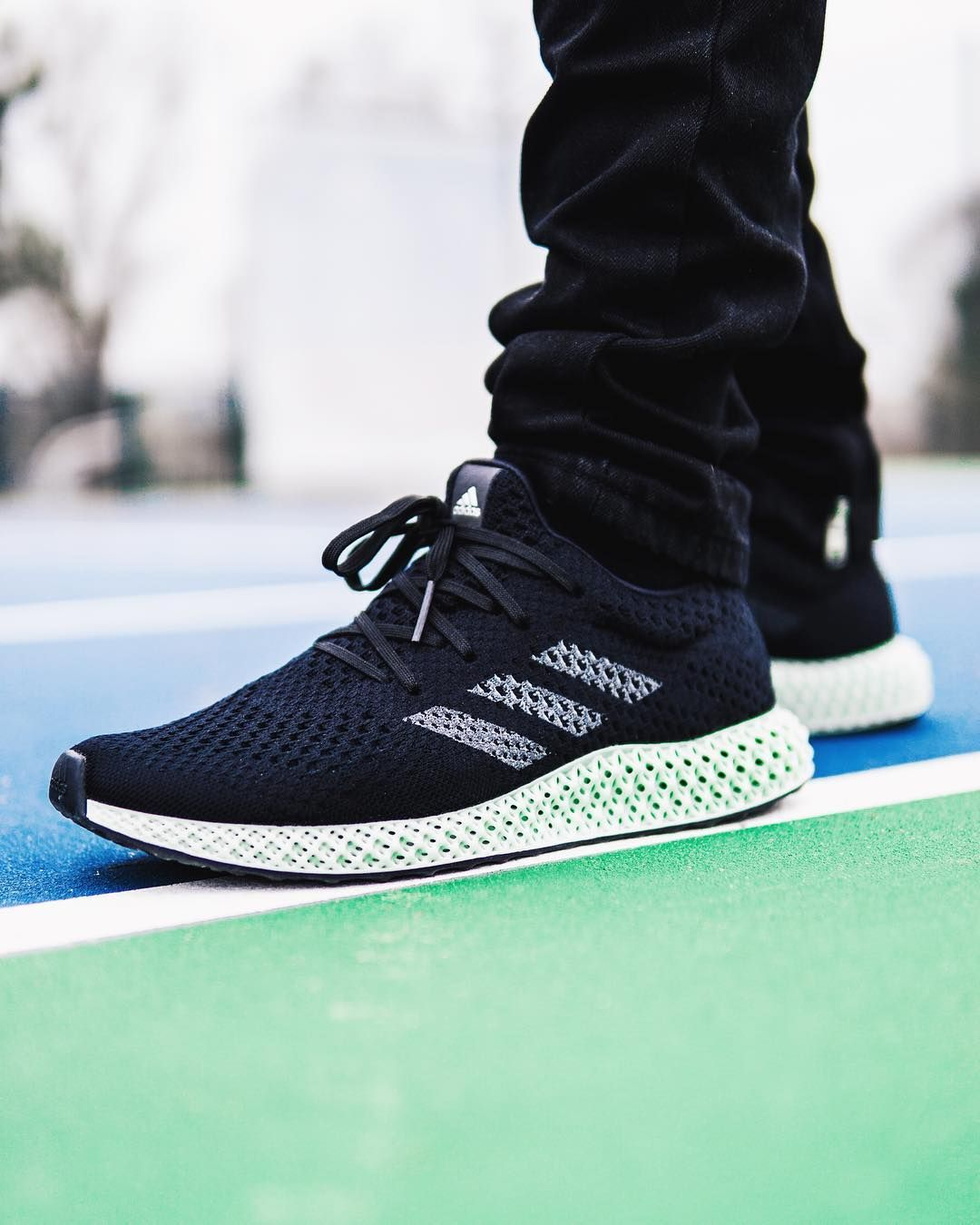 huge selection of a75f9 f512c adidas Futurecraft 4D